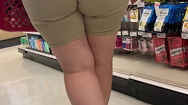 Big booty mature pawg
